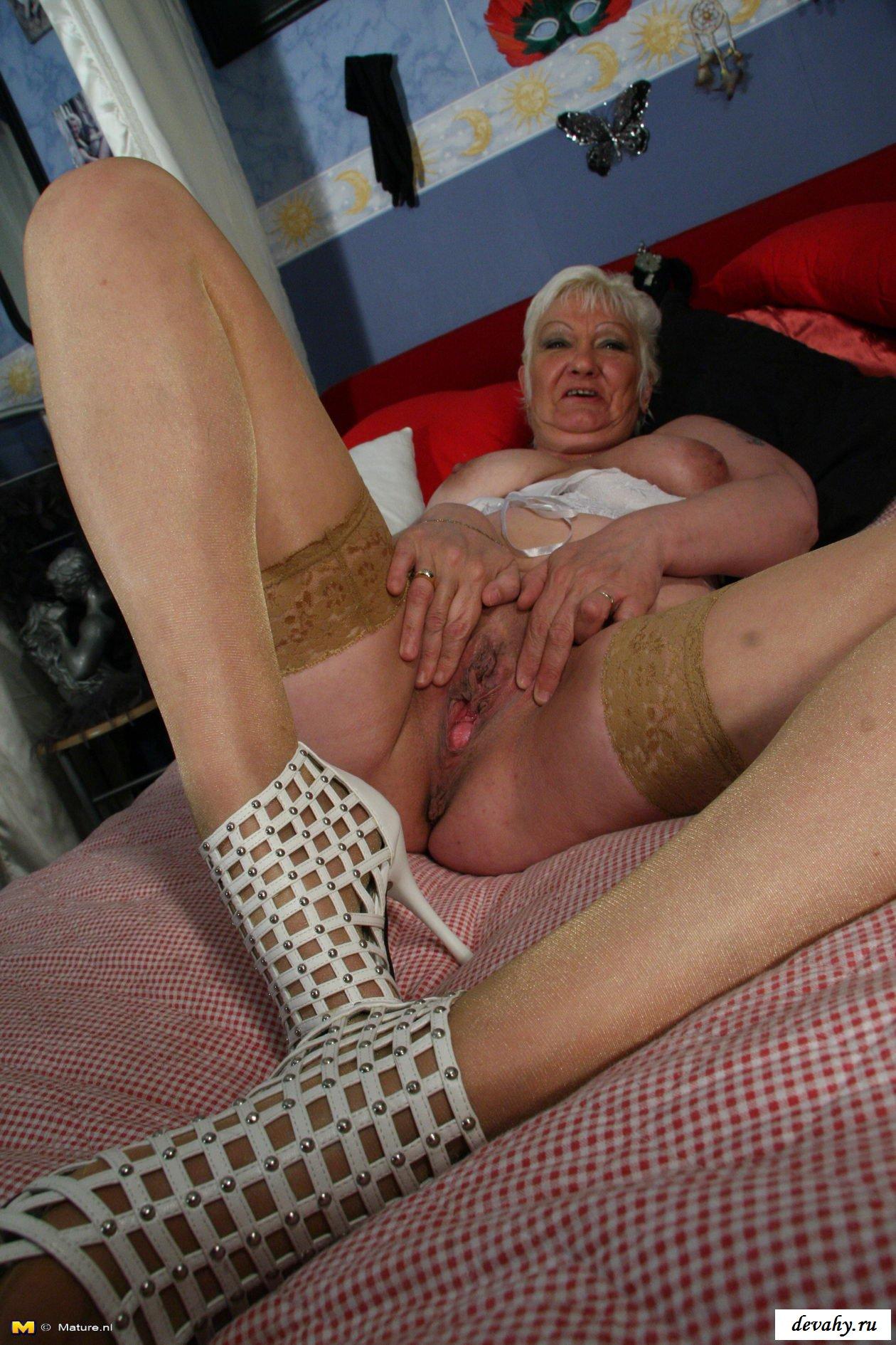 Возможно красивая голая старуха