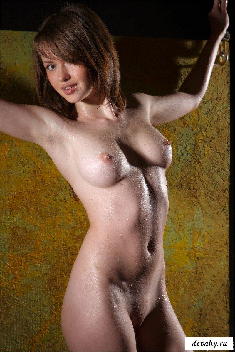 Сырая рыжая девка