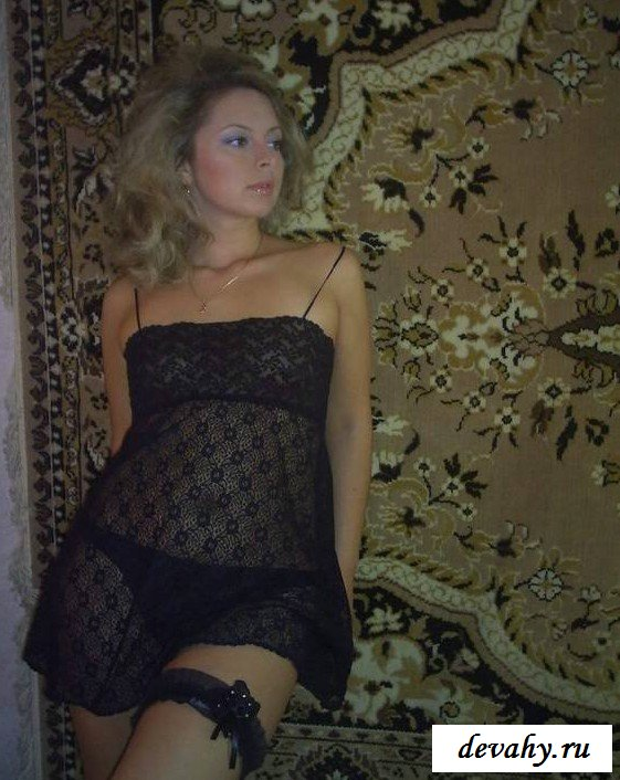 Роскошная чика в чулках секс фото