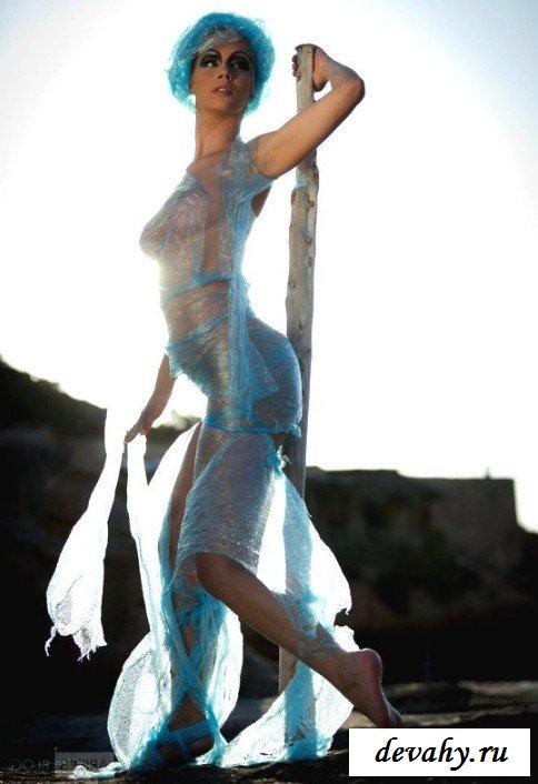 Дойки сексапильной русалки