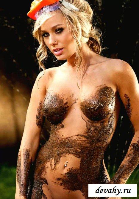 Красивая тёлка в грязи