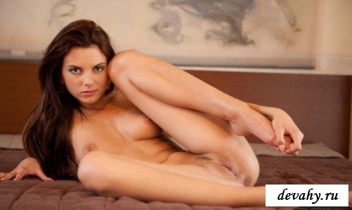 Округлая попочка крошки секс фото