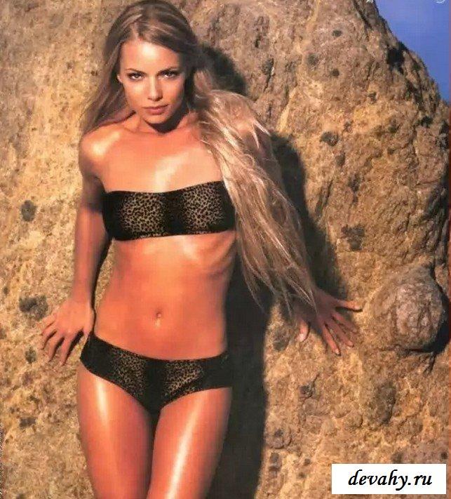 Соблазнительная Джейми Пресли обнажилась секс фото