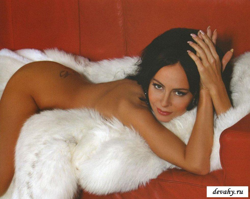 18-летняя и голая Марина Хлебникова