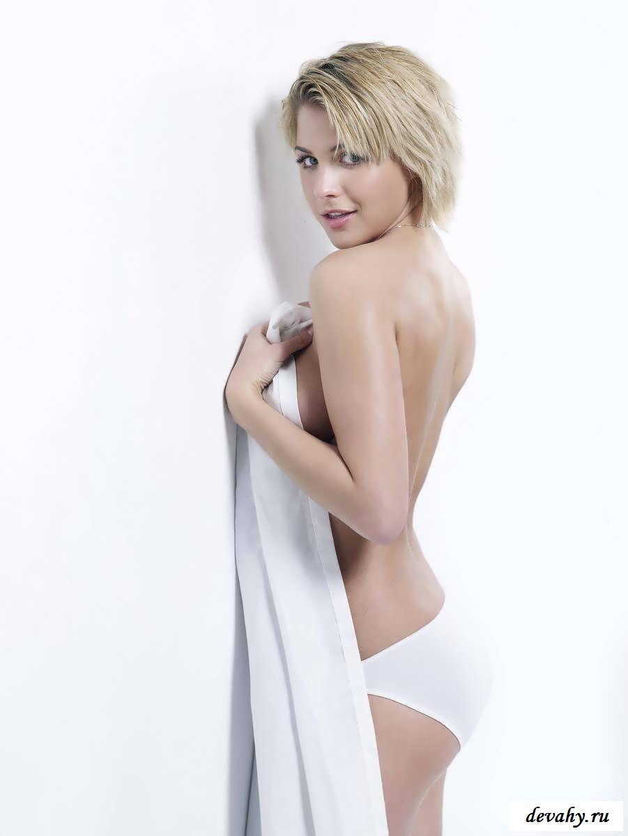 Сексуальная Джемма Аткинсон в фотосессии
