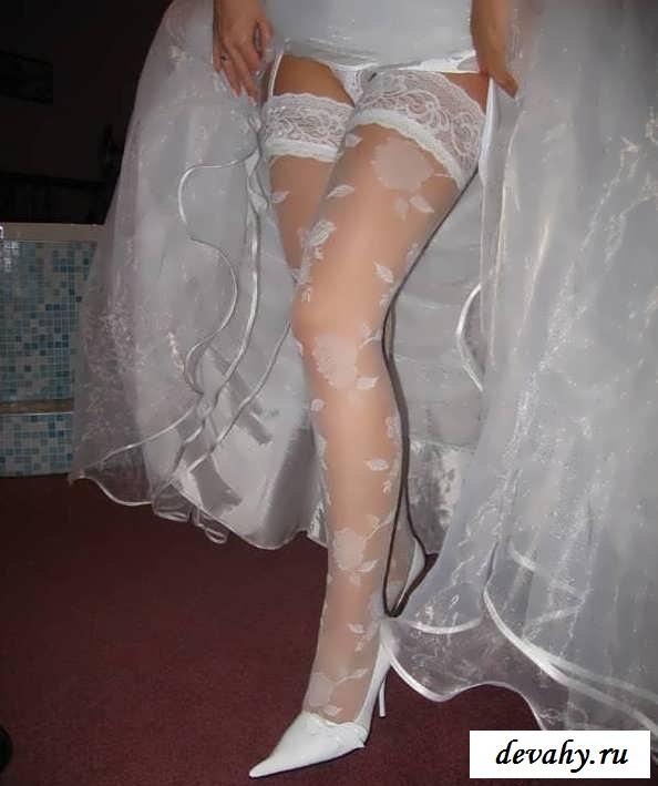 Клубничка с бритыми пилотками невест