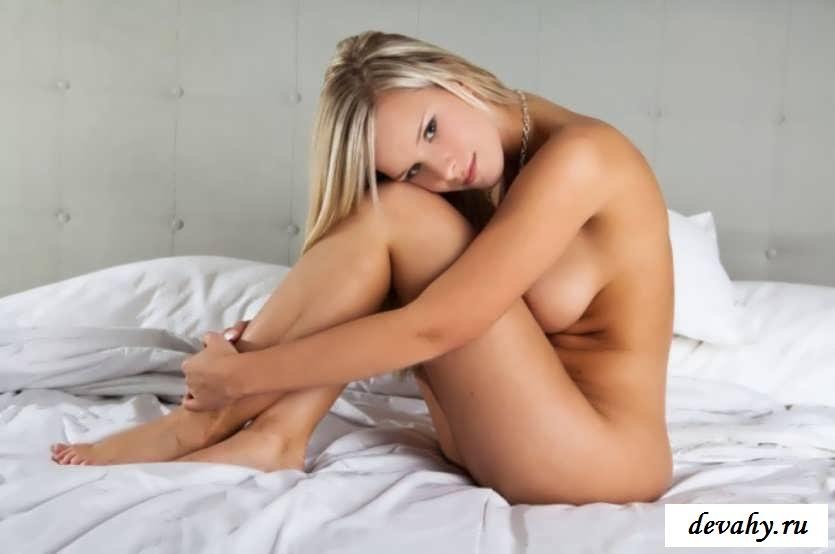 Восхитительная пися скромной девки (Пятнадцать эро фото)