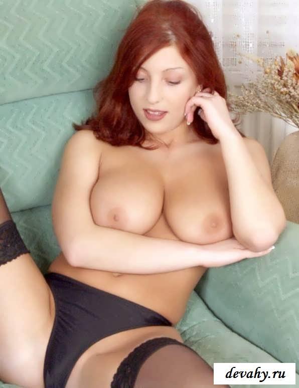 Сексапильные соски красивой шатенки  (эротика) секс фото