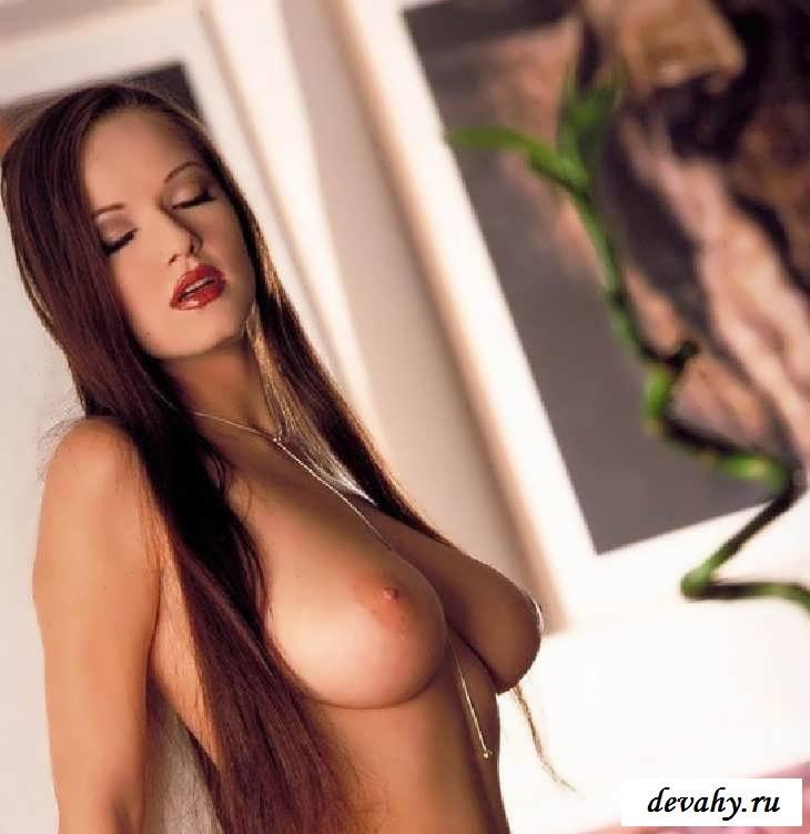 Соблазнительная попка секси штучки (15 фото эротики)