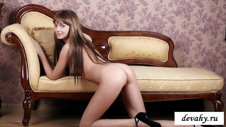 Узенькая писька голубоглазой бляди (эротика) секс фото