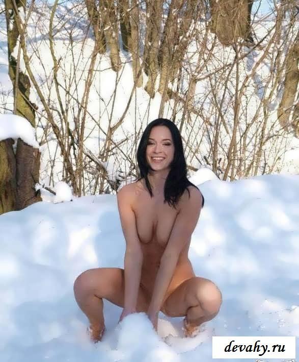 Поджаристые попы лесных обитательниц (порнушка) смотреть эротику