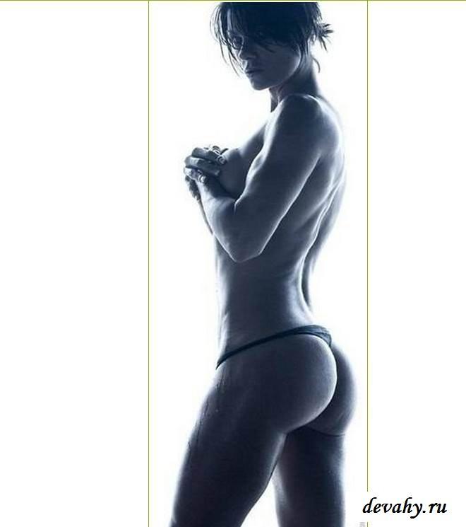 Голые тела сексуальных девчонок  (эротика)