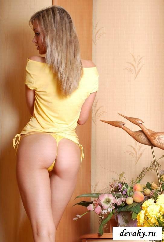 Пилотка роскошной бабы голышом  (Пятнадцать эро фото) смотреть эротику