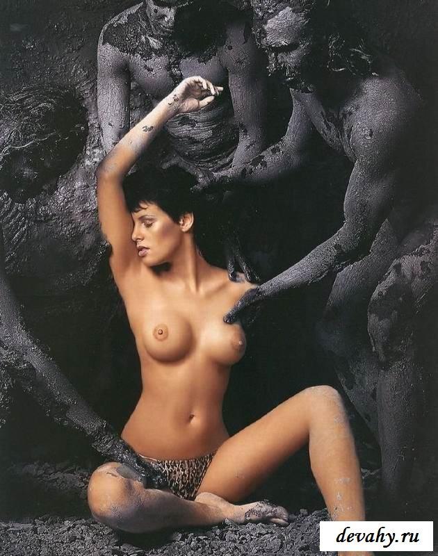 Обнаженные буфера Марии Семкиной  (клубничка) секс фото