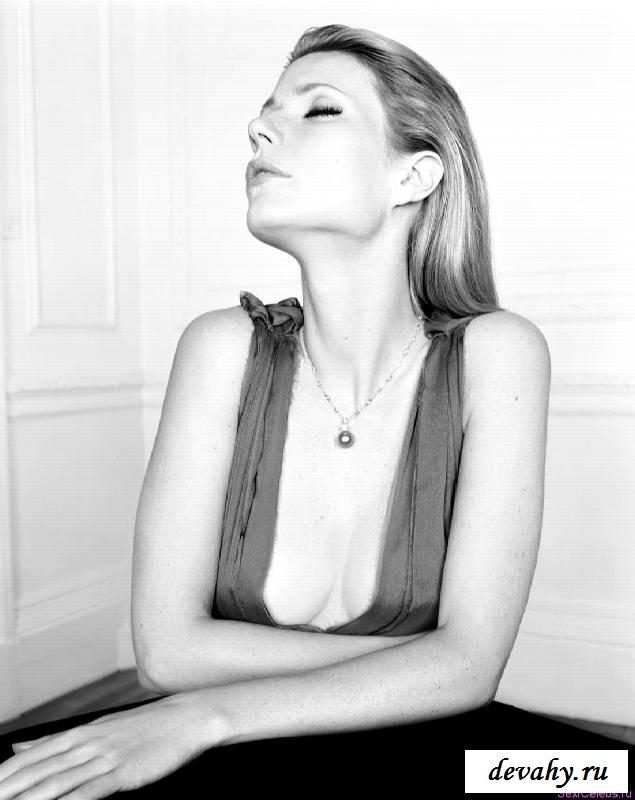 Неприкрытая грудь голой Гвинет Пэлтроу (эротика)
