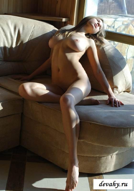 Горячая писька эротичной девушки (Пятнадцать эро фото)