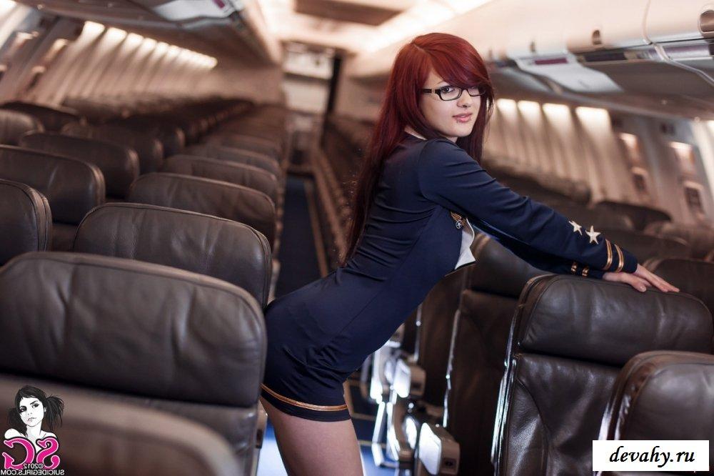 Похотливая стюардесса на борту лайнера