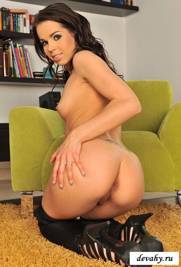 Сексуальная душечка Ferrara Gomez