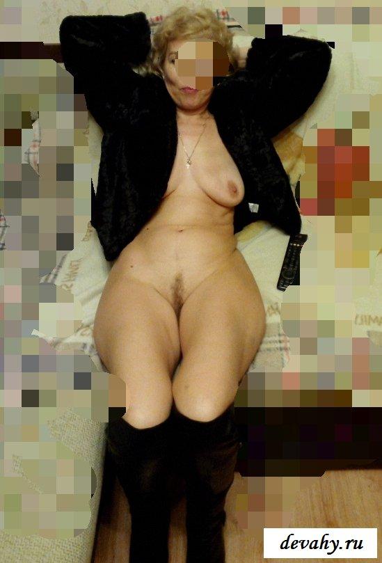 Распахнутый пиджак на теле старухи секс фото