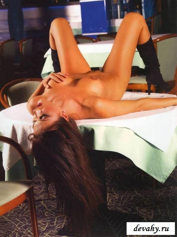 Смазливое личико голой Юлии Такшиной (эротика) секс фото