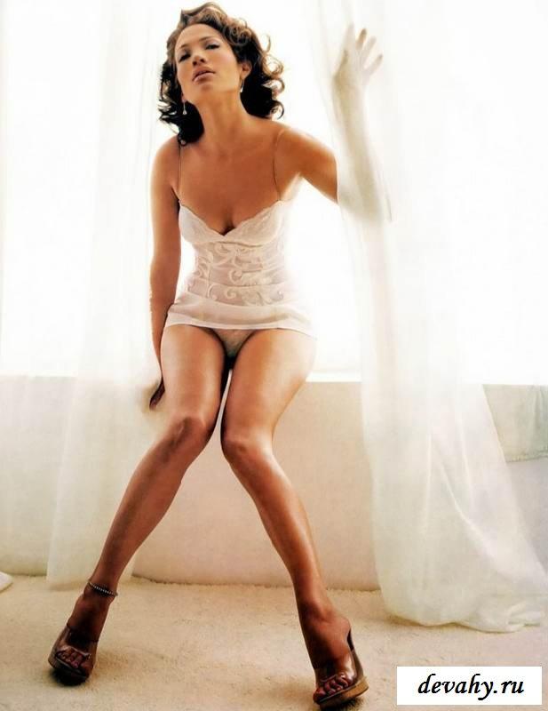 Эротика с развратной Дженифер Лопес (15 эротических снимков)