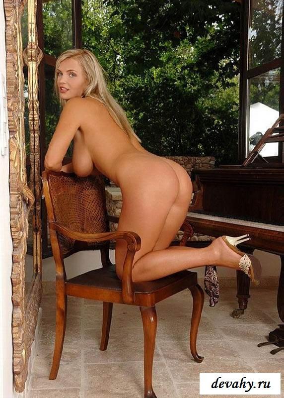 Большой бюст голенькой Ines Cudna (16 фото эротики) секс фото