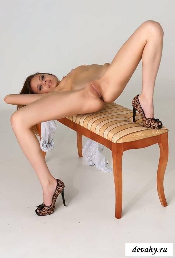 порнофото худые с тонкими ногами