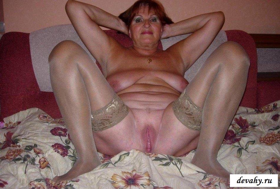 Голые жирные старухи и ноги в чулках фото