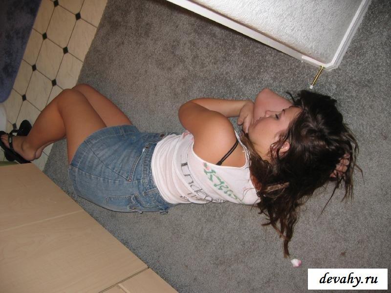 Бабы под алкоголем и голые пьяные русские фото