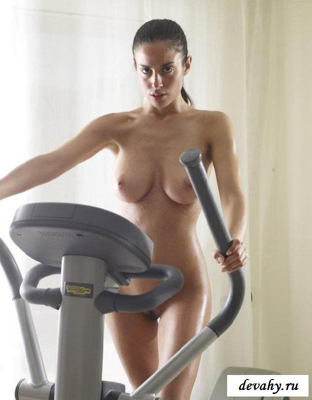 Watch Naked Treadmill And Skipping