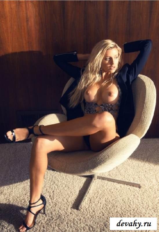 Голая пися Monica Sims (15 фото эротики) секс фото