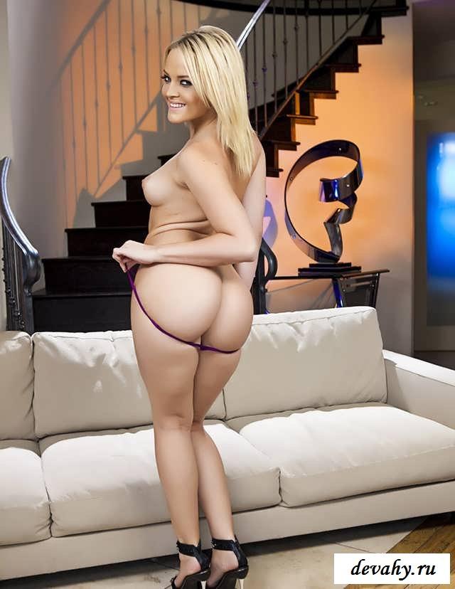 Крупная задница обнаженной Alexis Texas (15 фото эротики)
