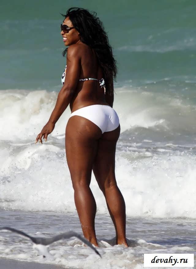 Обнаженная   Serena Williams (Серена Уильямс) (17 фото эротики)