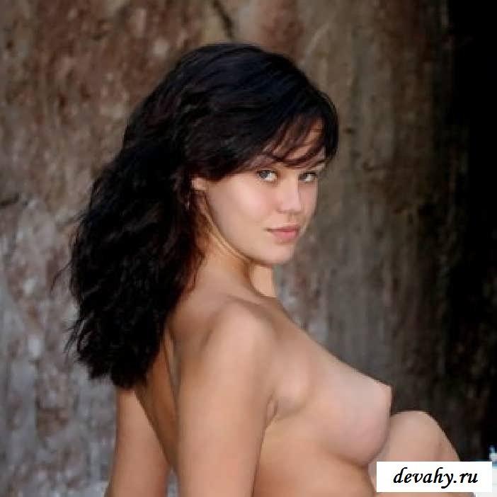 Неистовые тела обнаженных барынь в лодке  (15 фото эротики) секс фото
