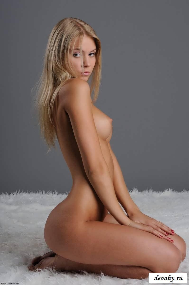 Порно фото красивых девушек с стройной фигурой