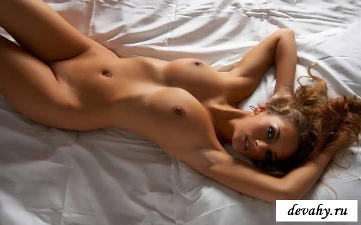 Прекрасные фигурки ухоженных девчонок (16 фото эротики)