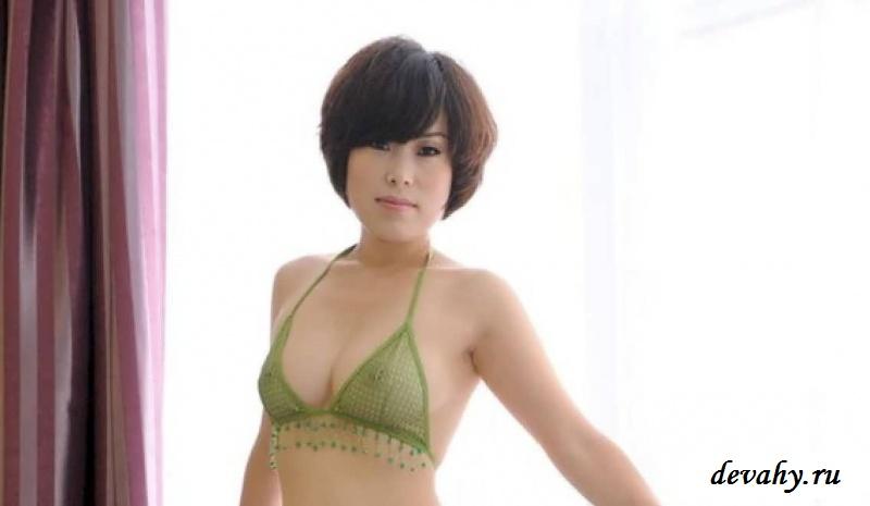 Азиатка  показала страшнючую киска (15 фото эротики) секс фото