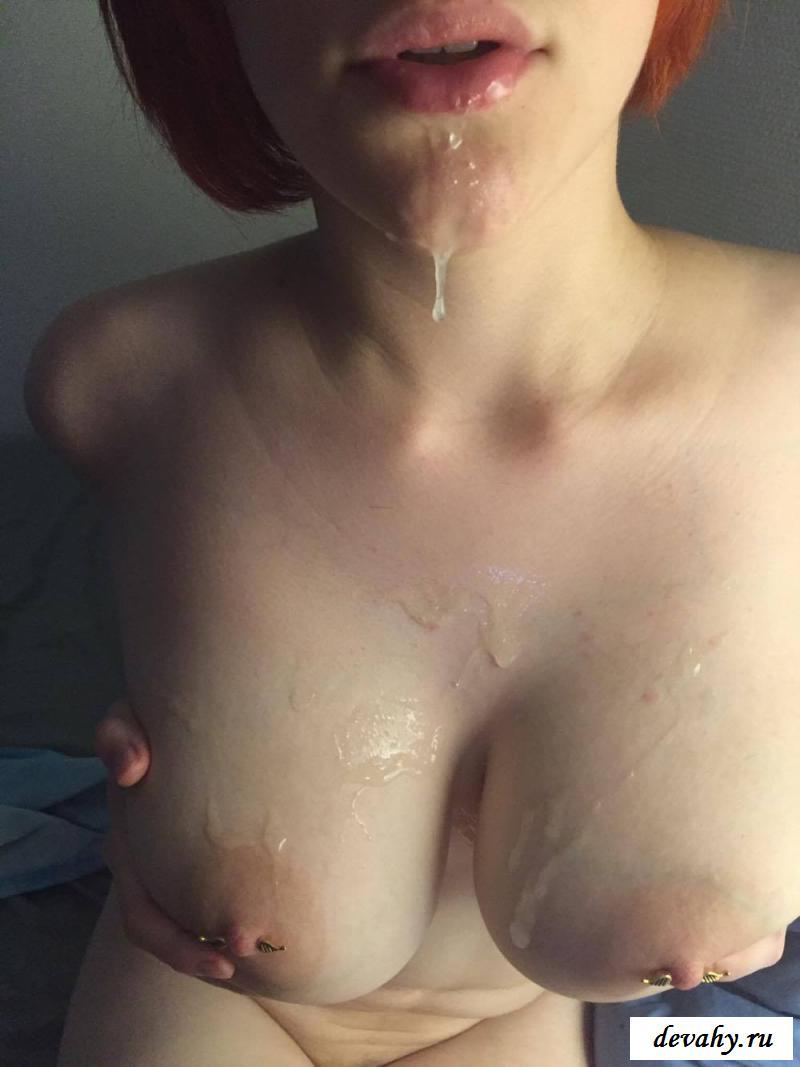Сладострастное семяизвержение на раздетых грудях мамаш