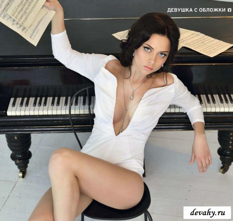 Звезда телесериалов Настасья Самбурская снимается обнаженная