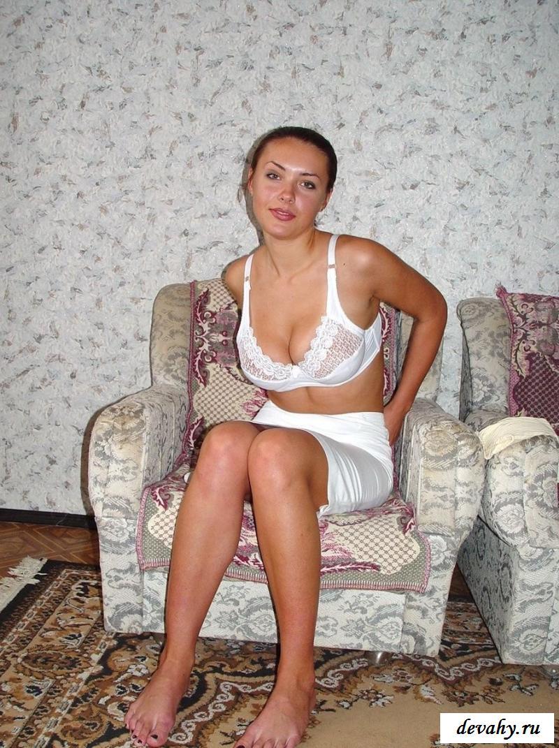 tolstaya-karmella-foto-golih-devushek-stavropolya-foto