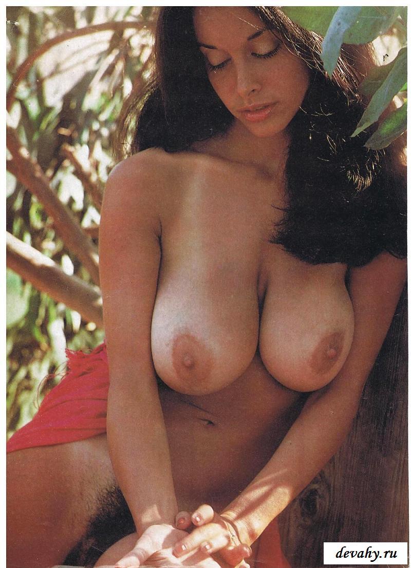 Обнаженные израильтянки с большими висячими грудями
