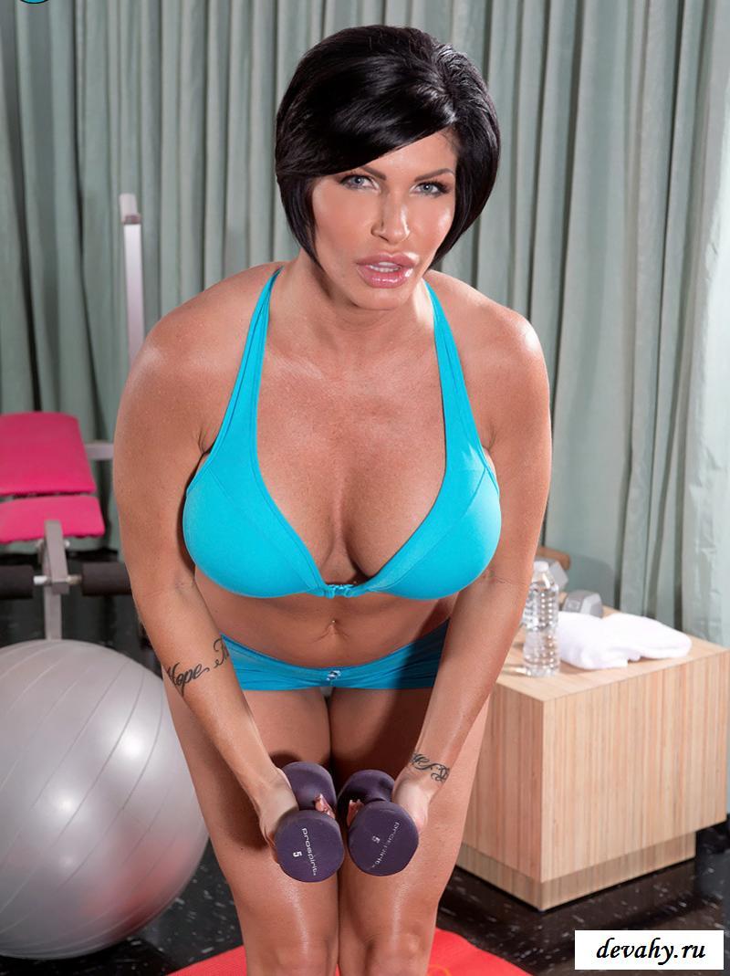 Из порно спортивная обнаженная Shay Fox на снимках смотреть эротику