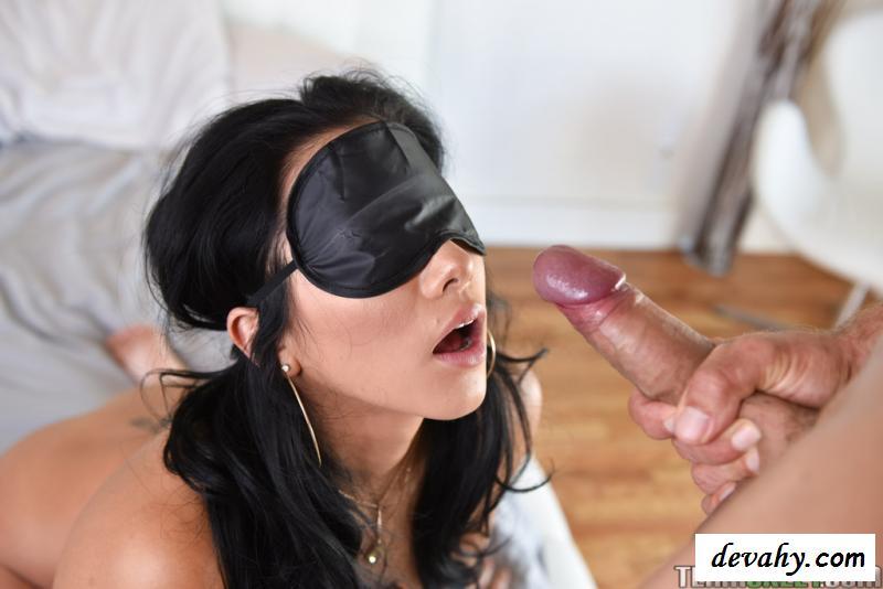 латиноамериканка повязка на глазах порно - 3