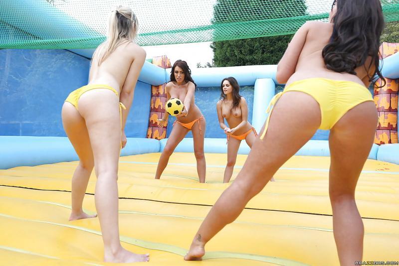 натуральные онлайн секс с волейболистками матери стало настолько